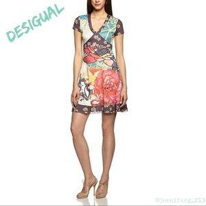 DESIGUAL Asian Dress with Short Sleeves V-neck Med